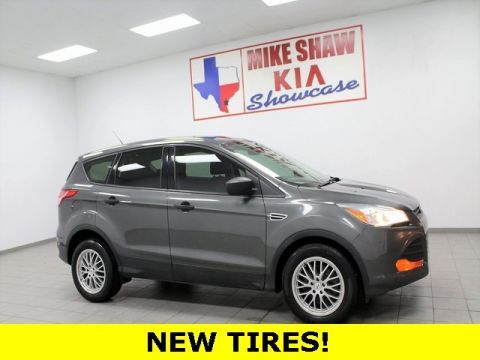 Pre-Owned 2015 Ford Escape S