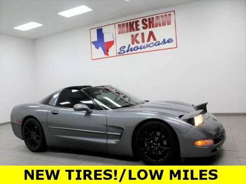 Pre-Owned 2004 Chevrolet Corvette Base