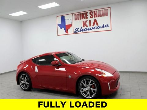 Pre-Owned 2015 Nissan 370Z Sport